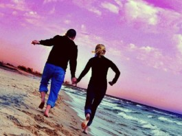 Simple Ways to Enjoy Journey of Life with Lover